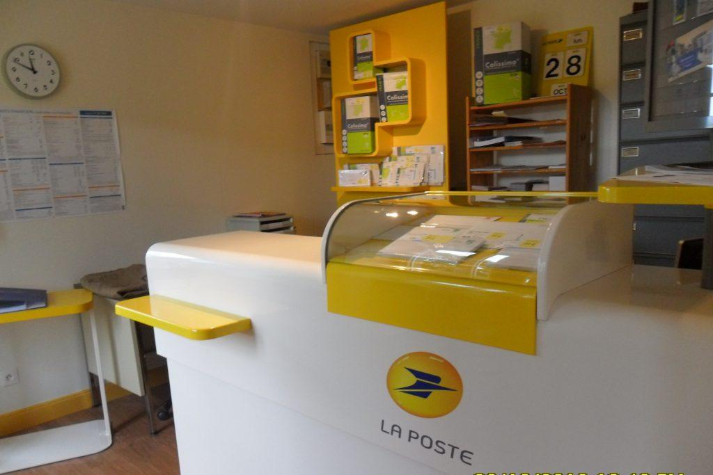 L'agence postale de Montchamp